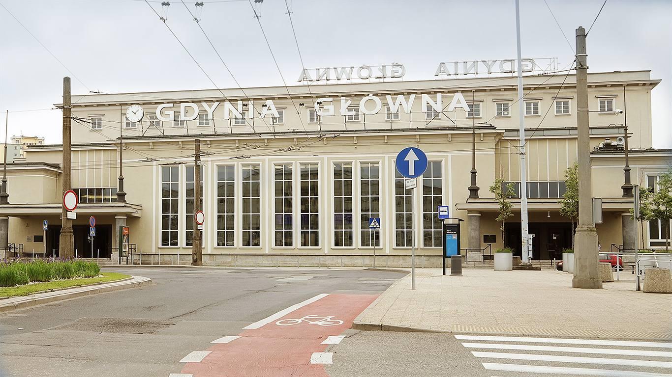 Dworzec_Gwny.jpg